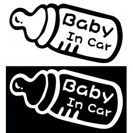 Стикер Бебе в колата
